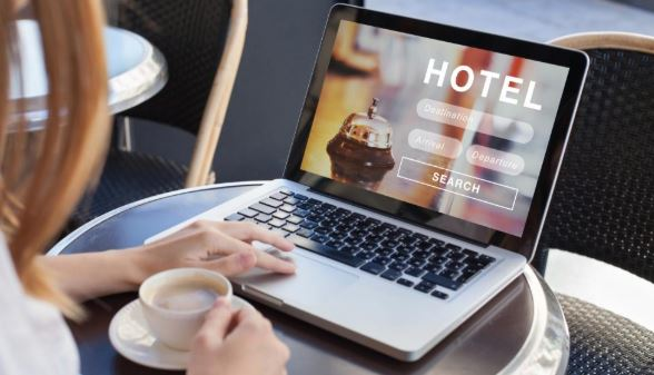 The Best Way to Book Hotels